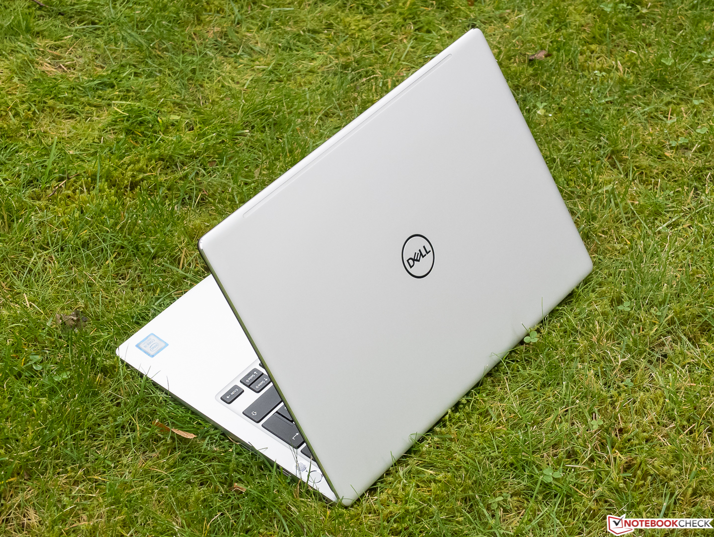 Test: Dell Inspiron 13 7370 (i5-8250U) Laptop